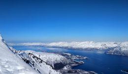 Días de esquí árticos EP4. Tamokdalen, escalada en hielo, esquiar con huskies y descubrir Lyngen.